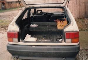 R19 GNV avec ses 3 réservoirs en fond de coffre