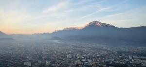 Grenoble sous un nuage de pollution aux Particules + Nox en décembre 2016